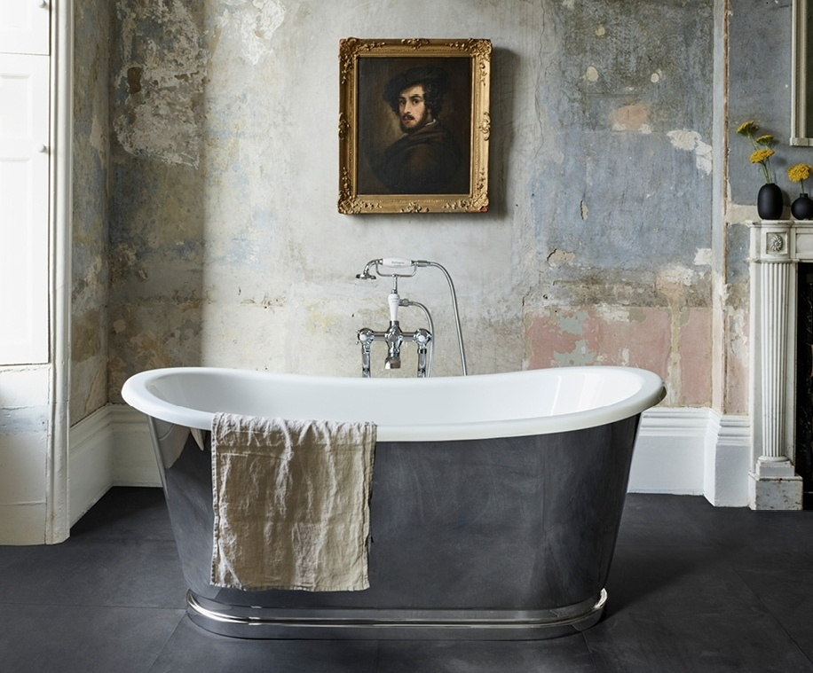 Freestanding tub - Crosswater Balthazar-260321-edited.jpg